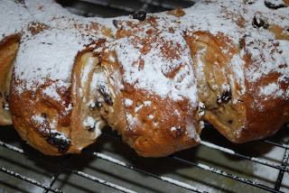 yeasted stollen ring