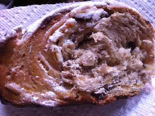 yeasted stollen on paper towel with raisins inside