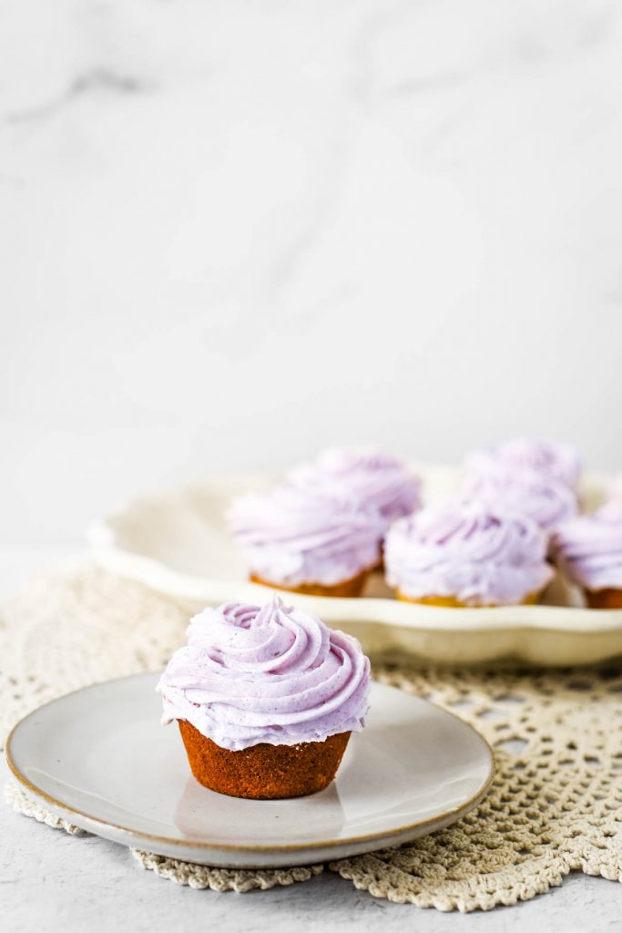 cupcakes with lavendar buttercream