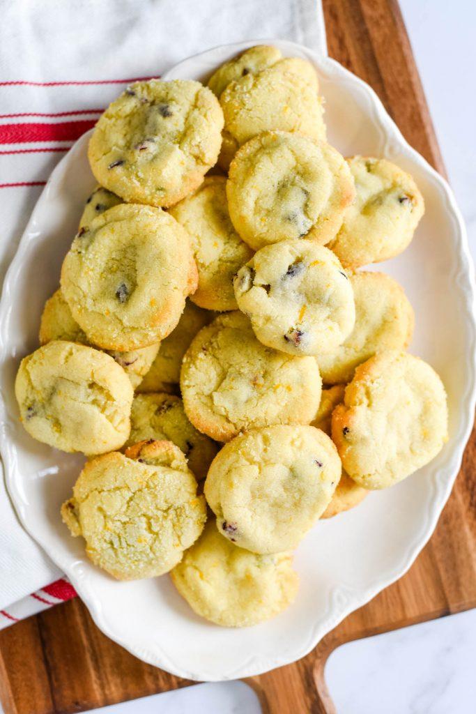 overhead view of platter of cookies