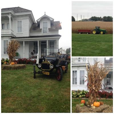 iowa farm house decorated for fall