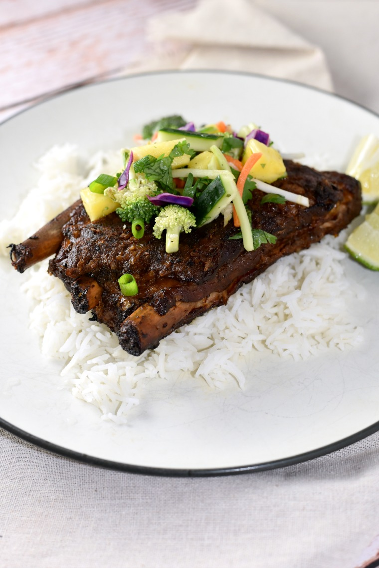 turmeric-ribs-with-pineapple-slaw