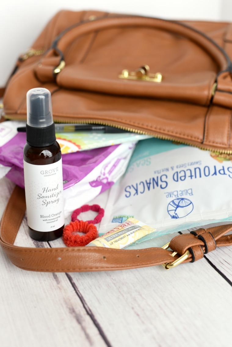 mom-bag-essentials