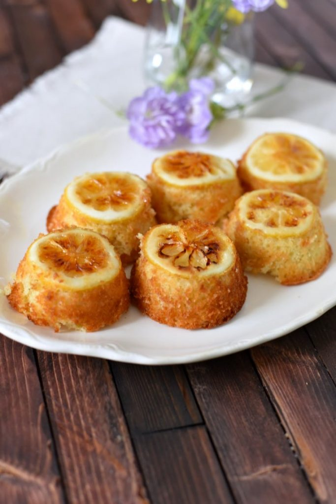 Easy Lemon Cakes
