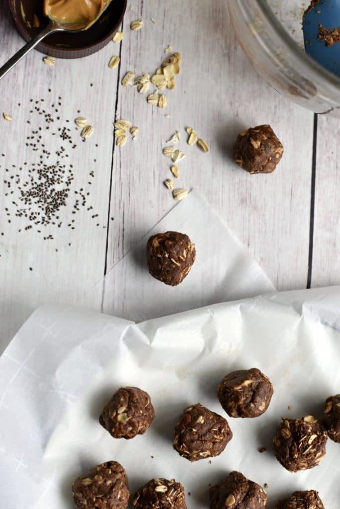 Chocolate PB Energy Balls