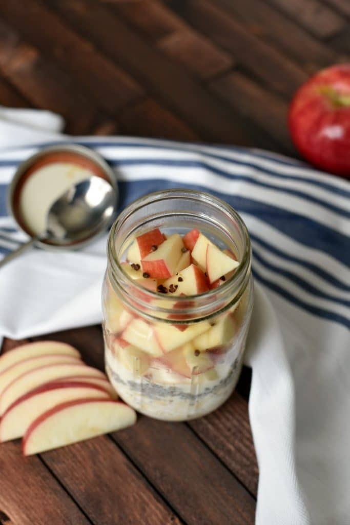 Mason Jar Overnight Oats