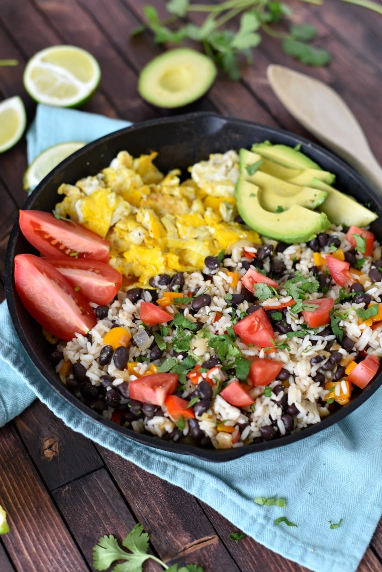 cast iron skillet with gallo pinto