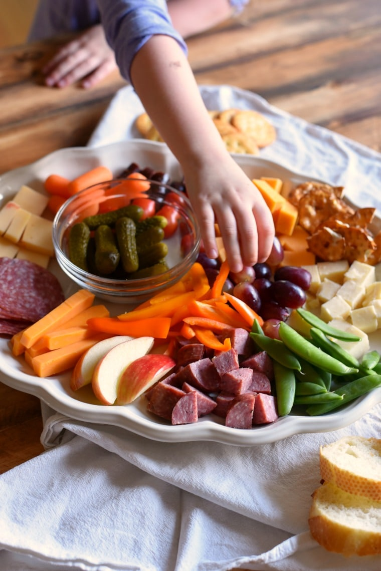 How to make a kids cheese tray