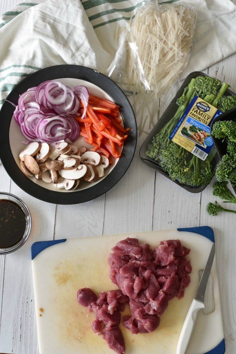 Ingredients for Thai Pork Broccolini