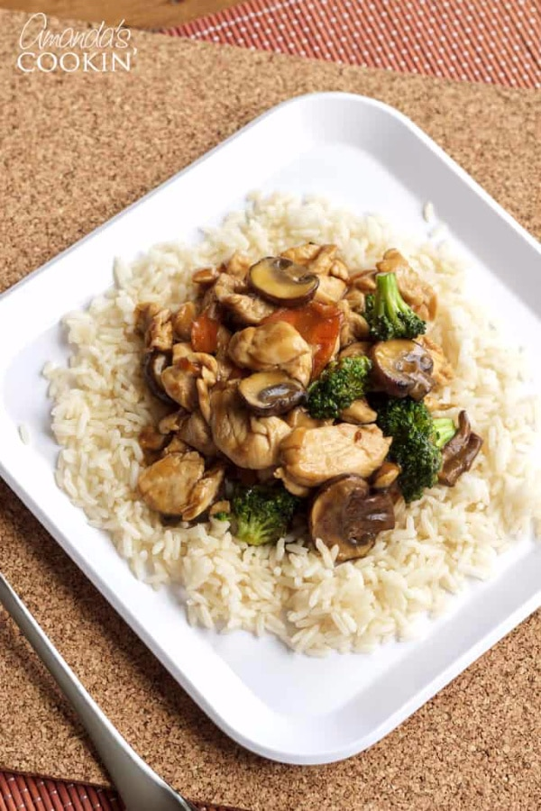 moo goo gai pan on white square plate
