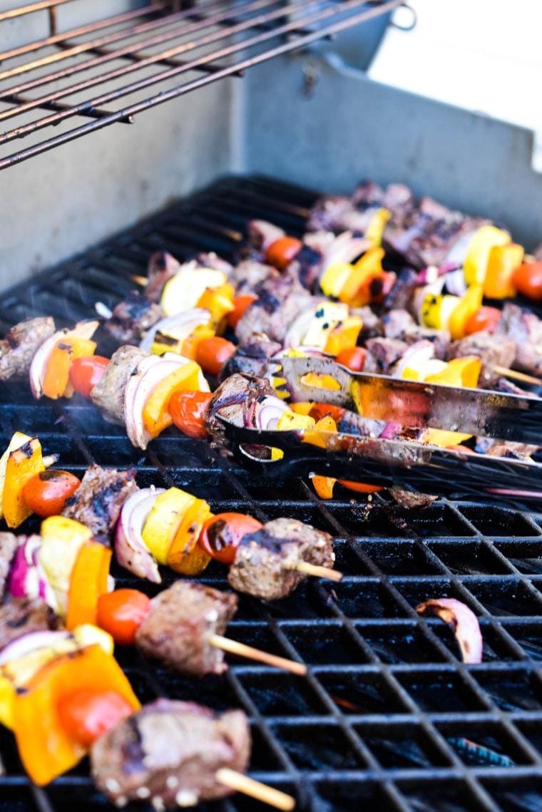 grilling za'atar beef skewers