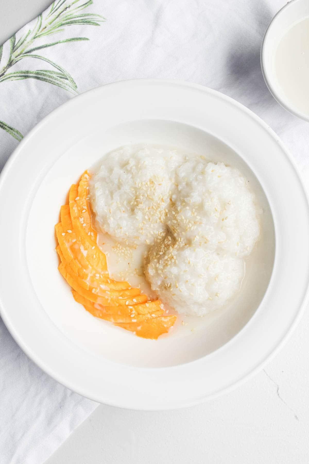 mango rice in bowl